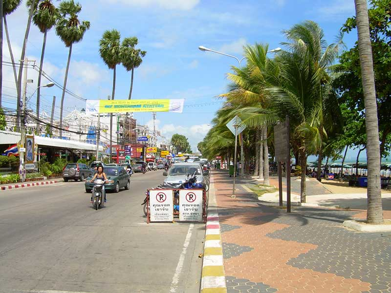 Jomtien Beach Road - Pattaya